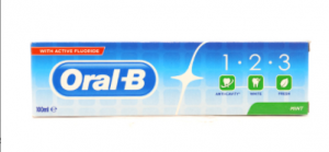 Oral-B 1.2.3 Mint Toothpaste 100 ml