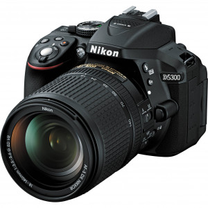 Nikon D5300 with 18-140 VR