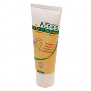 Original Mentholatum Acnes Vitamin Cleanser 50 gm